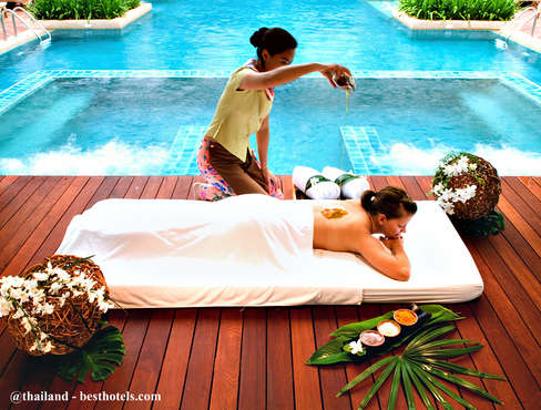 Mát xa truyền thống Thái Lan