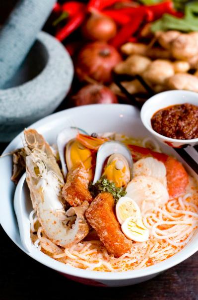 Những lọ sốt Laska sẽ giúp bạn dễ dàng tái hiện lại hương vị truyền thống Peranakan ngay tại Việt Nam